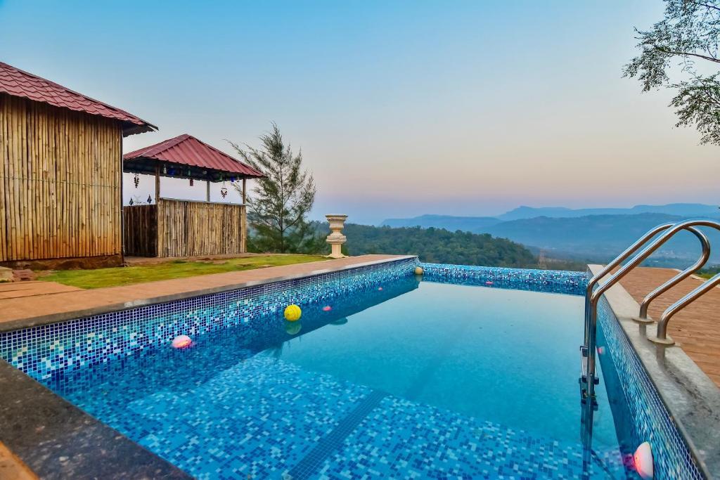 EKO STAY- MOUNT CASTLE Villa