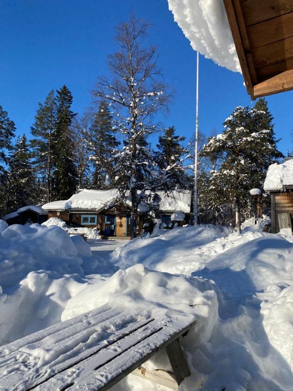 Joängets Fjällgård during the winter