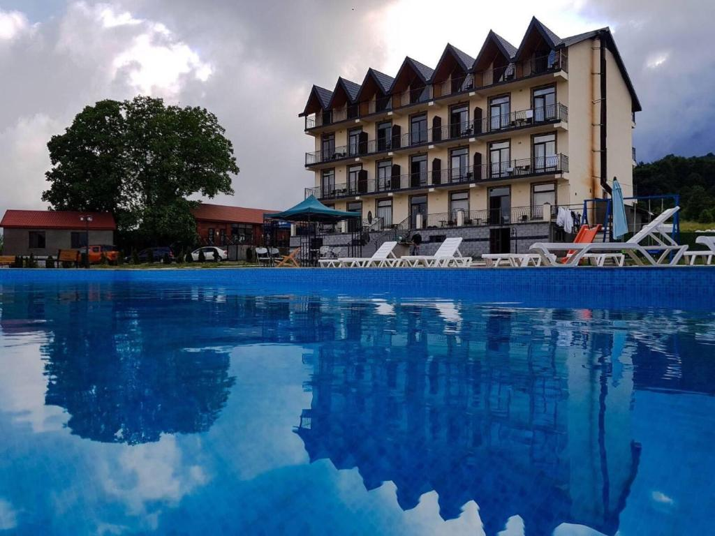 The swimming pool at or close to Hotel Shaori