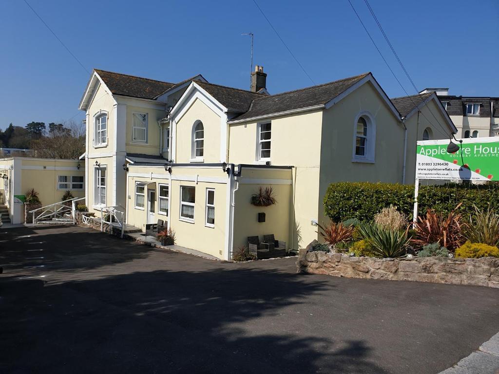 Appletorre House Holiday Flats in Torquay, Devon, England
