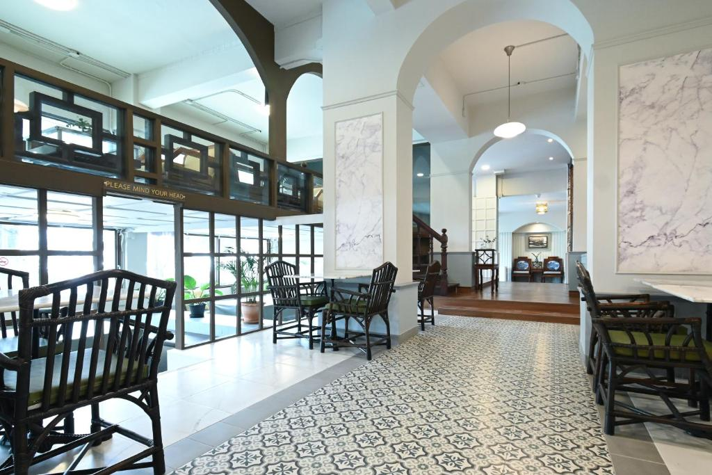 ห้องอาหารหรือที่รับประทานอาหารของ The Krungkasem Srikrung Hotel