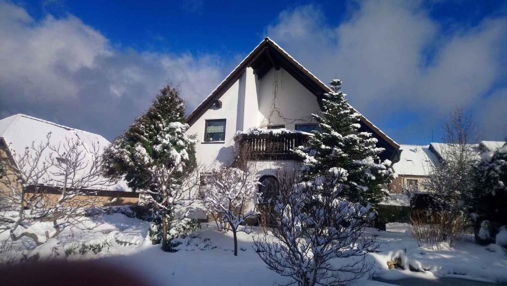 Apartment in Eibenstock 30354 during the winter