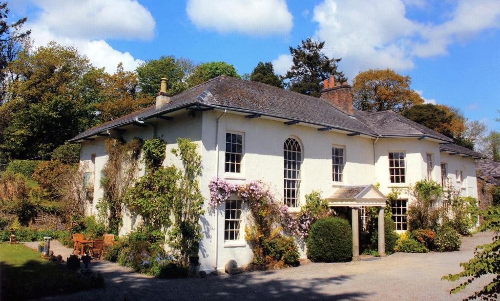 Sandhill House Country House Retreat in Gunnislake, Cornwall, England