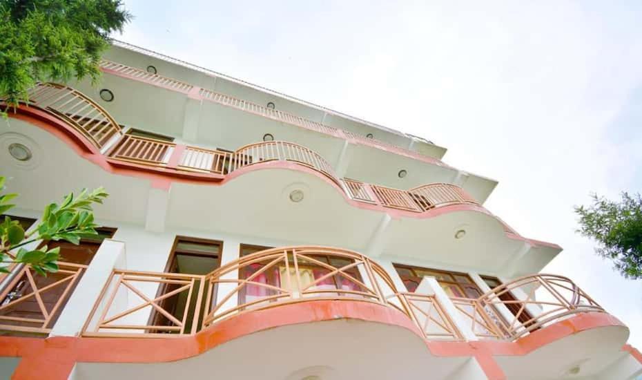Vivek Palace