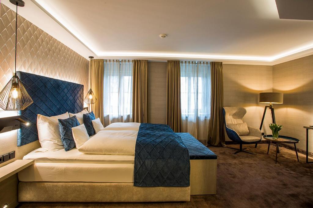 Ein Bett oder Betten in einem Zimmer der Unterkunft Landgasthof Kleiner