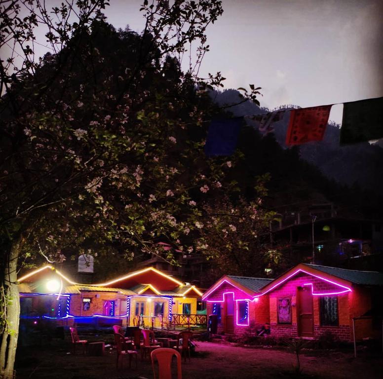 Parvati hills cottage