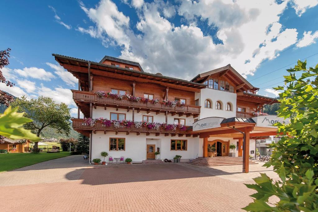 Alpines Gourmet Hotel Montanara Flachau, Austria