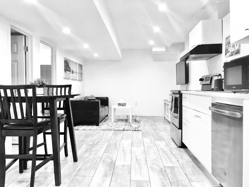 Cozy 1 Bedroom Basement Apartment