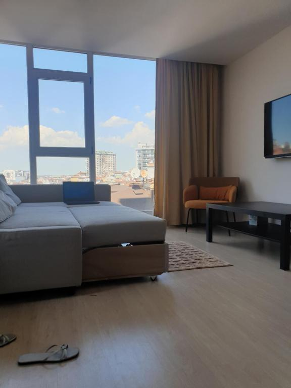 New High floor 2BR apartment in heart of Istanbul