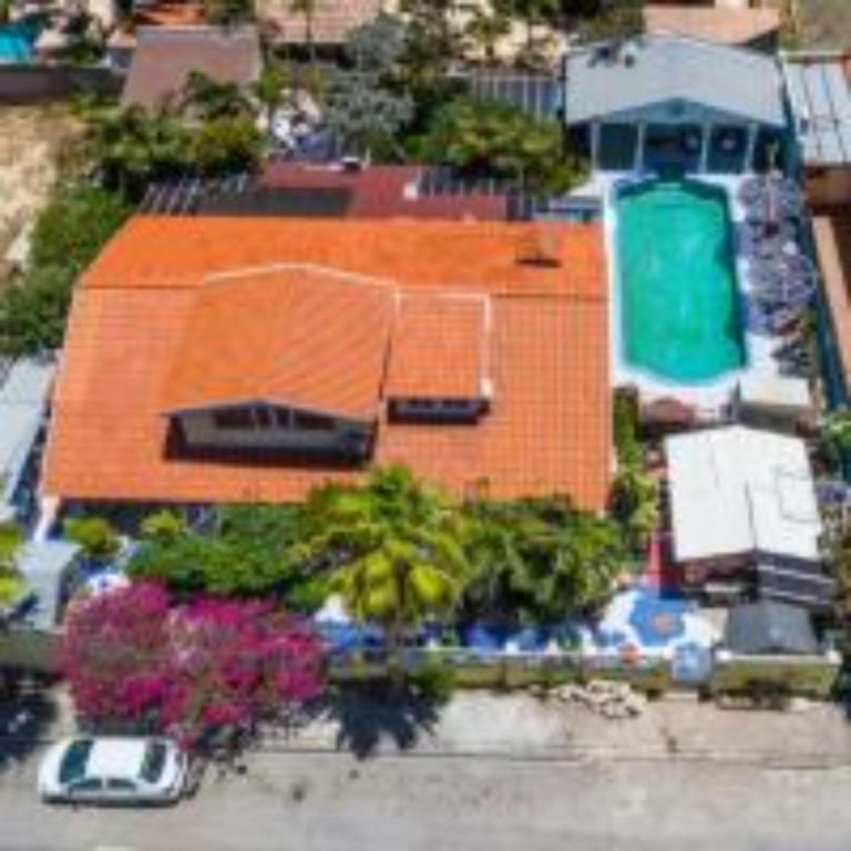 Uma vista aérea de Sunflower Villa Studios Mesonnetje