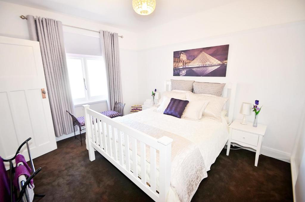A bed or beds in a room at Two up on York