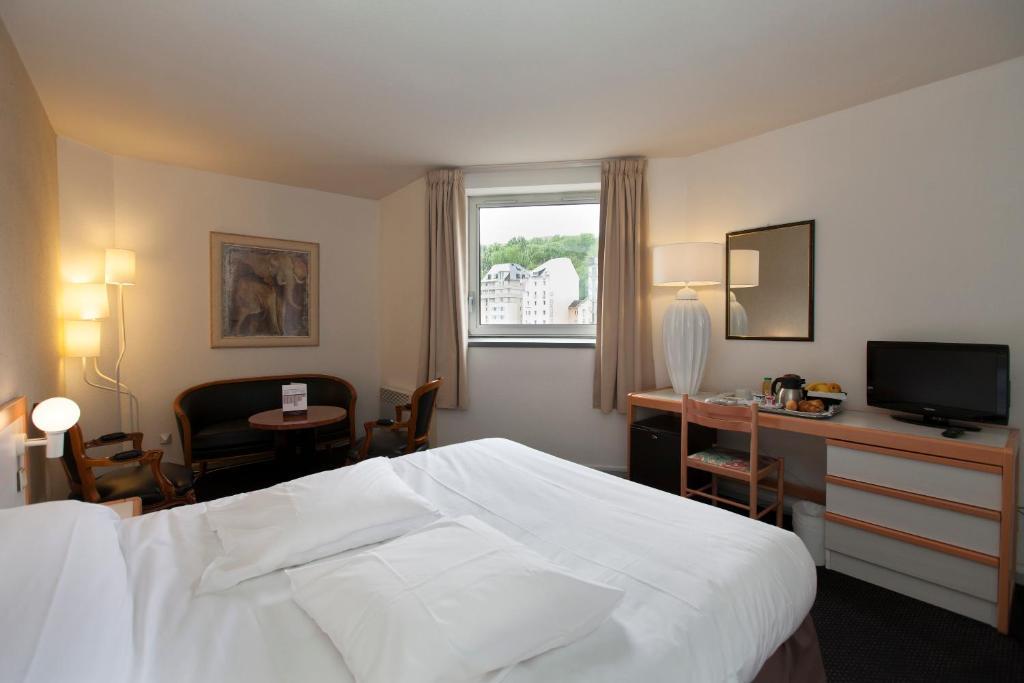 Hotel Paradis Lourdes, France