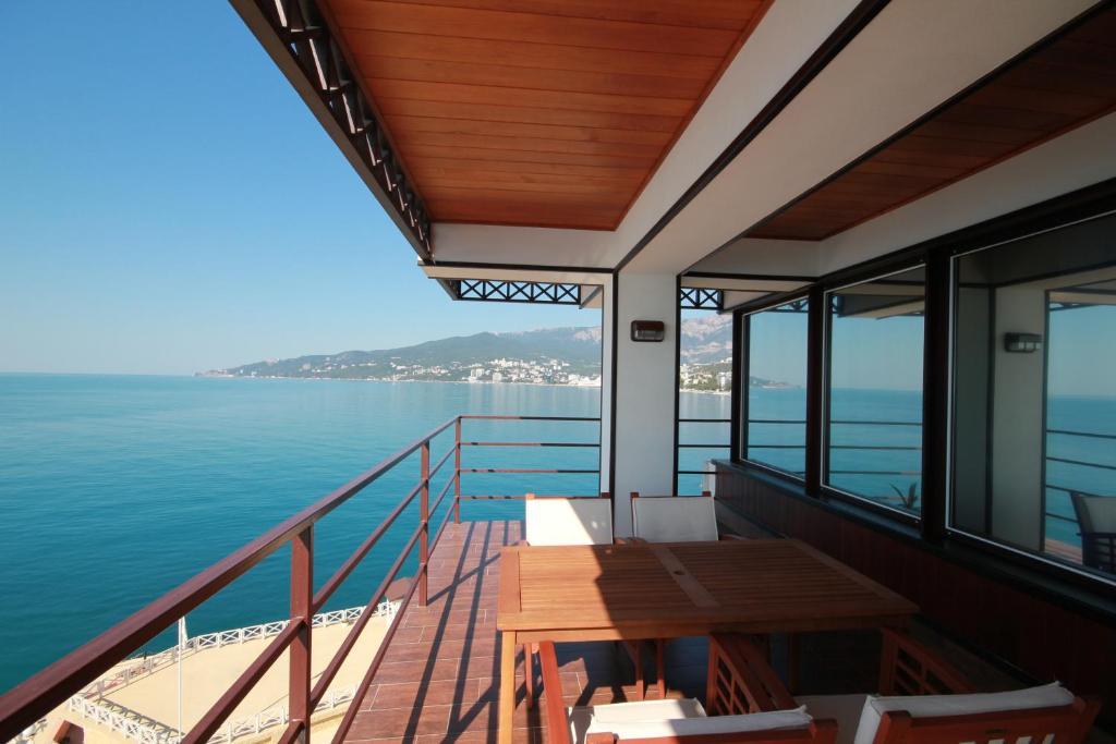 Балкон или терраса в Яхт-Клуб Ялта