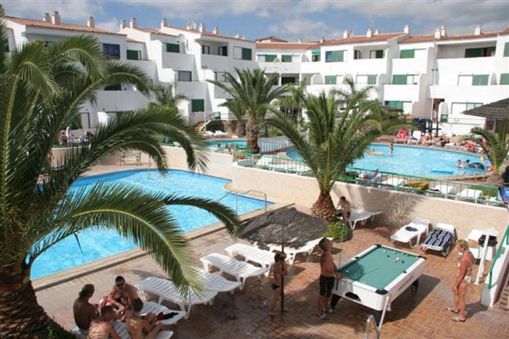 Apartamentos Alondras Park - Laterooms