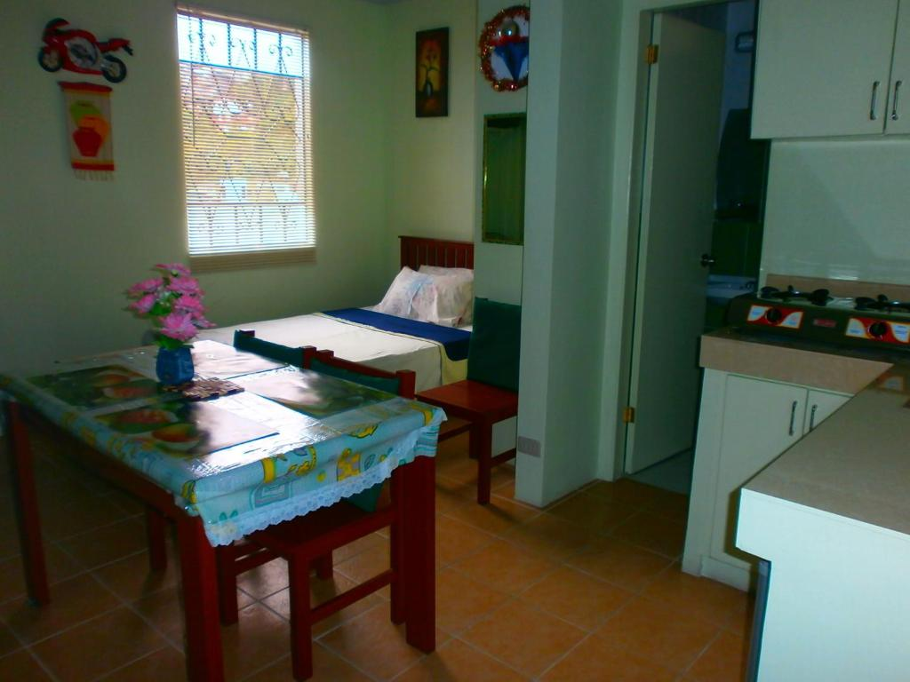 Lyn S Do Drop Inn Transient House Baguio Philippines Booking Com