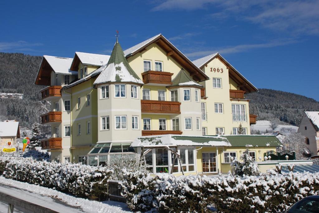 Familienhotel Herbst Fladnitz an der Teichalm, Austria