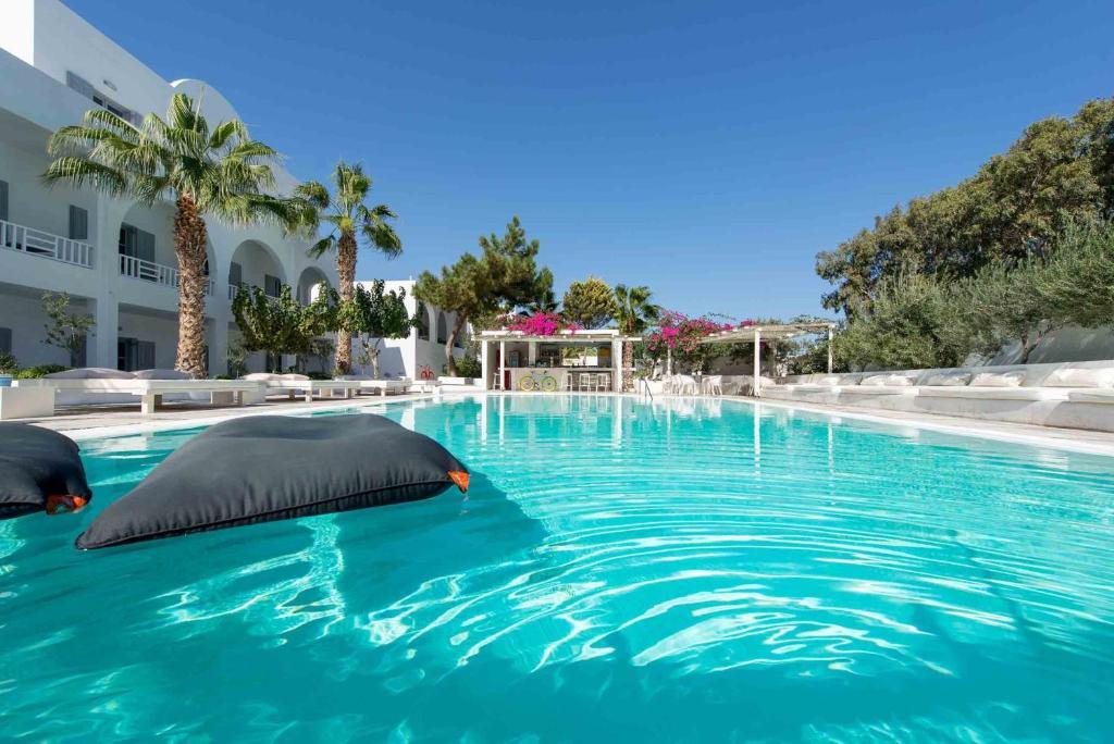 Het zwembad bij of vlak bij Hotel 28