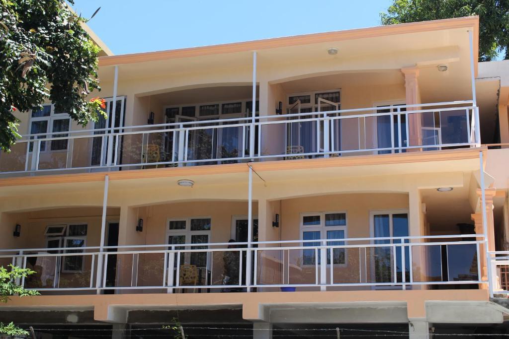 Bano Beach Residence - Grand Bay Beach
