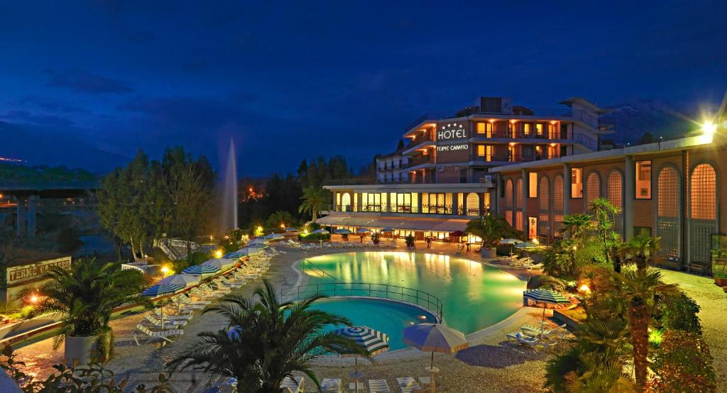 A view of the pool at Hotel Terme Capasso or nearby