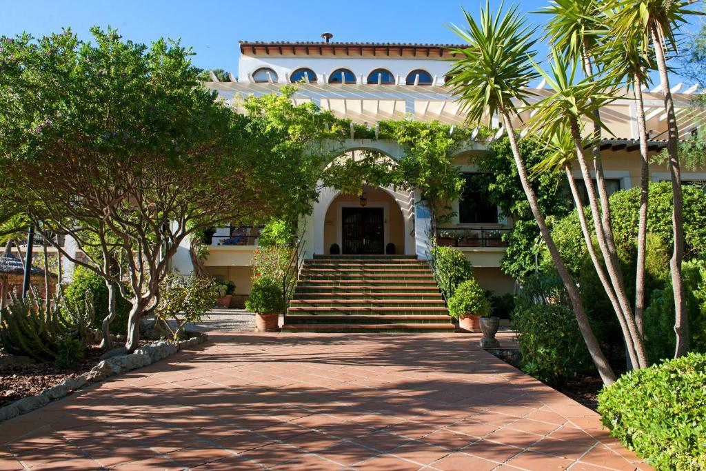 Hotel Bahia Paguera, Spain
