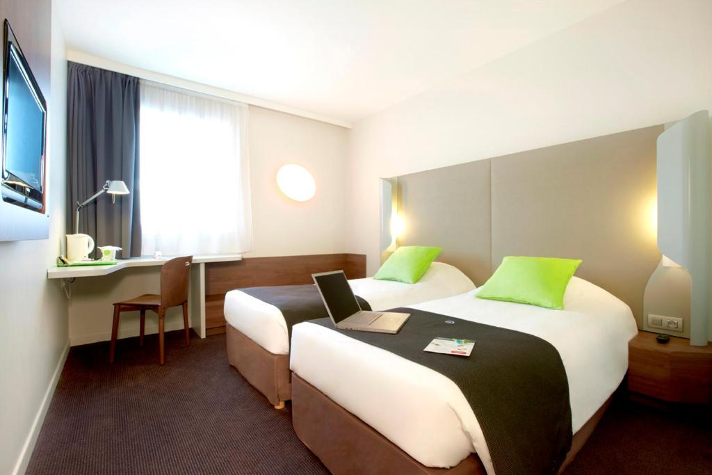 Hotels In Exincourt