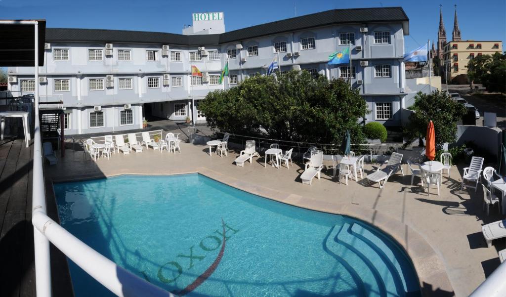 Вид на бассейн в Hotel Hoxon или окрестностях