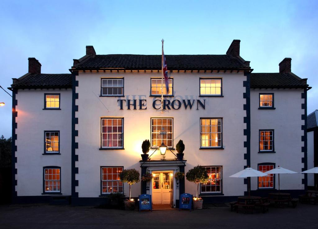 The Crown Hotel Wells Next The Sea Uk Booking Com