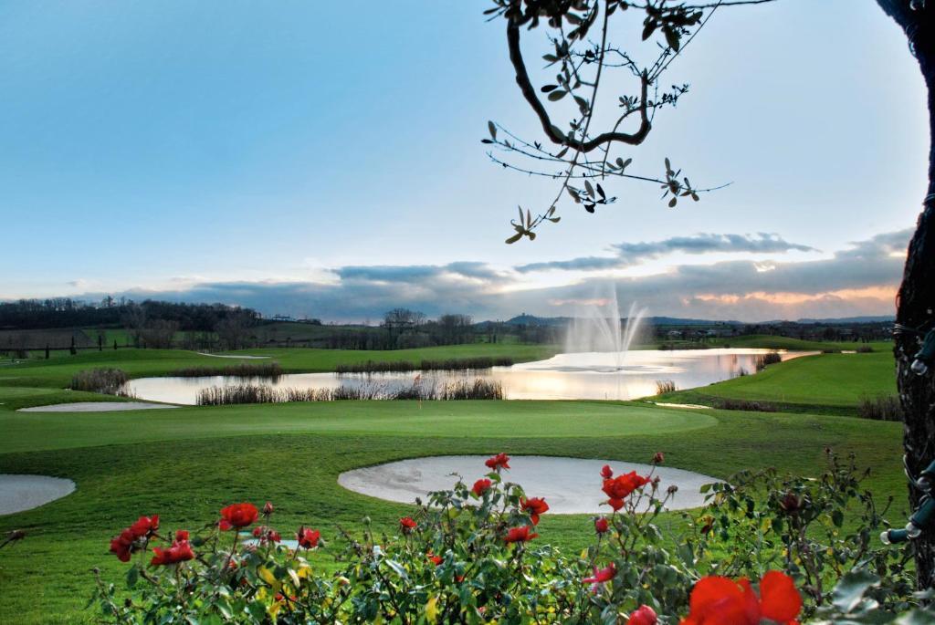 Chervo Golf Hotel Spa, Resort & Apartment San Vigilio Pozzolengo, Italy