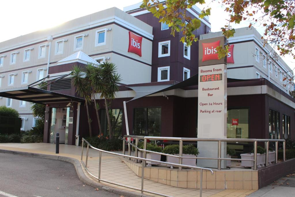 Hotel Ibis Newcastle Australia Booking Com