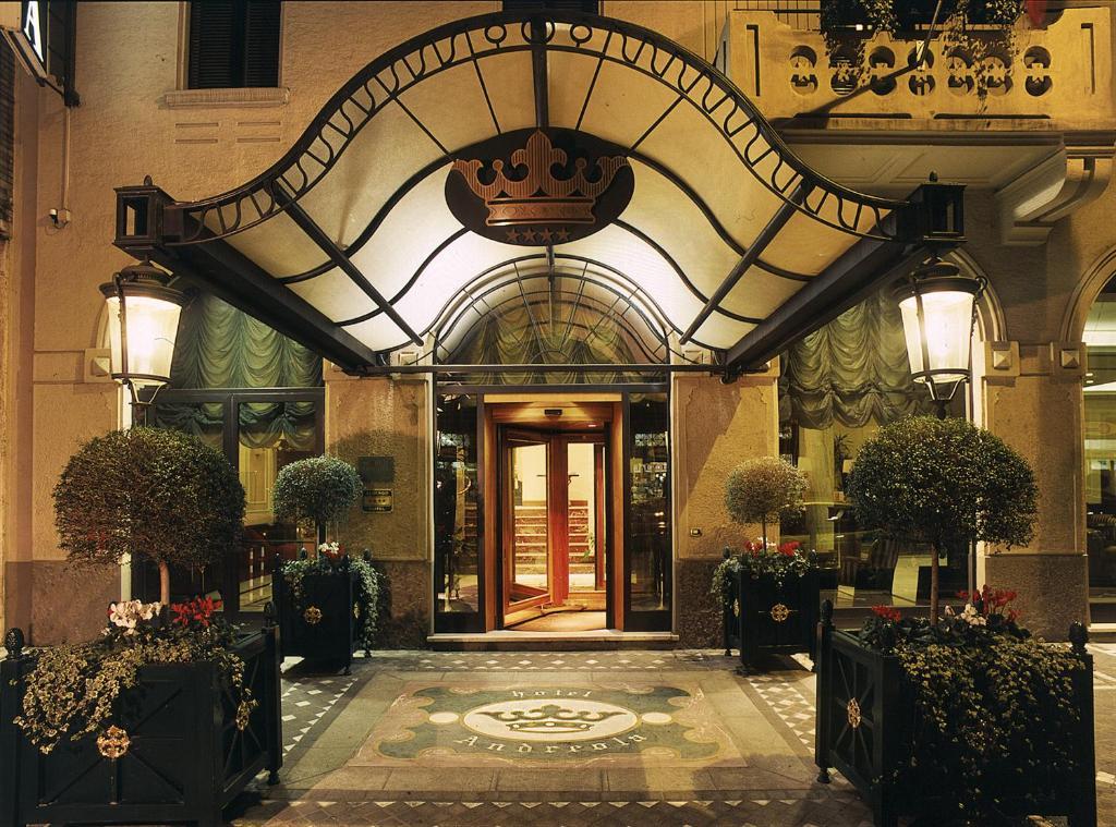 Andreola Central Hotel Milan, Italy