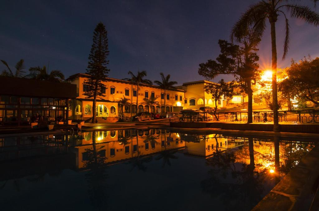 The swimming pool at or close to Hotel Morro dos Conventos