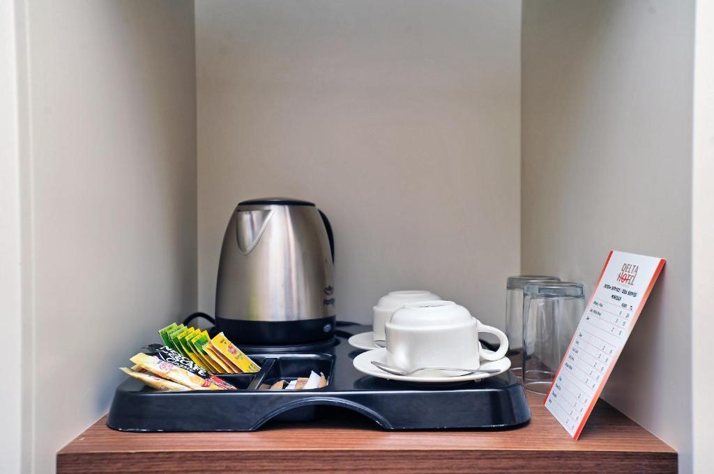 Принадлежности для чая и кофе в Delta Hotel Istanbul