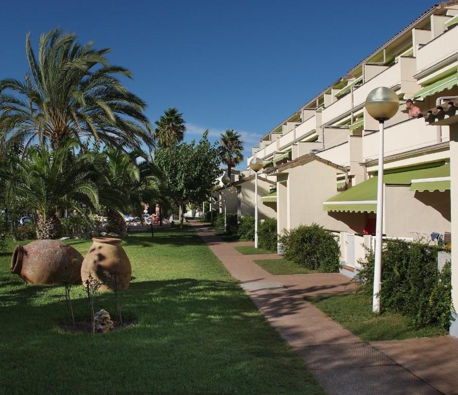 Эстиваль парк аппартаменты испания хочу дом за рубежом смотреть онлайн все