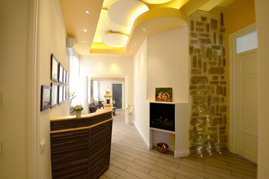 The lobby or reception area at *1*7*4* Via Roma