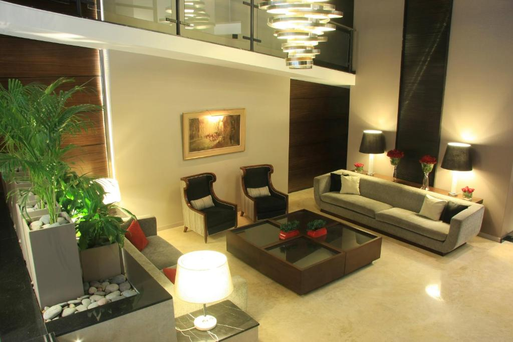 The lobby or reception area at Grand King Hotel
