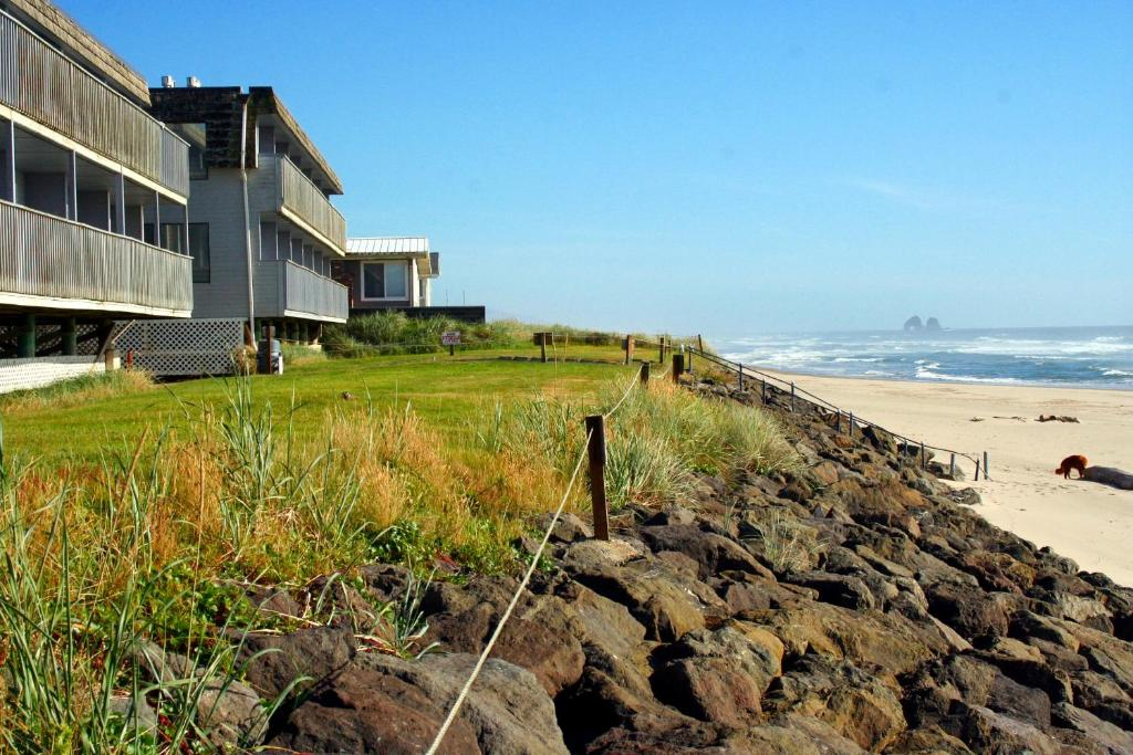 rockaway beach oregon upcoming events