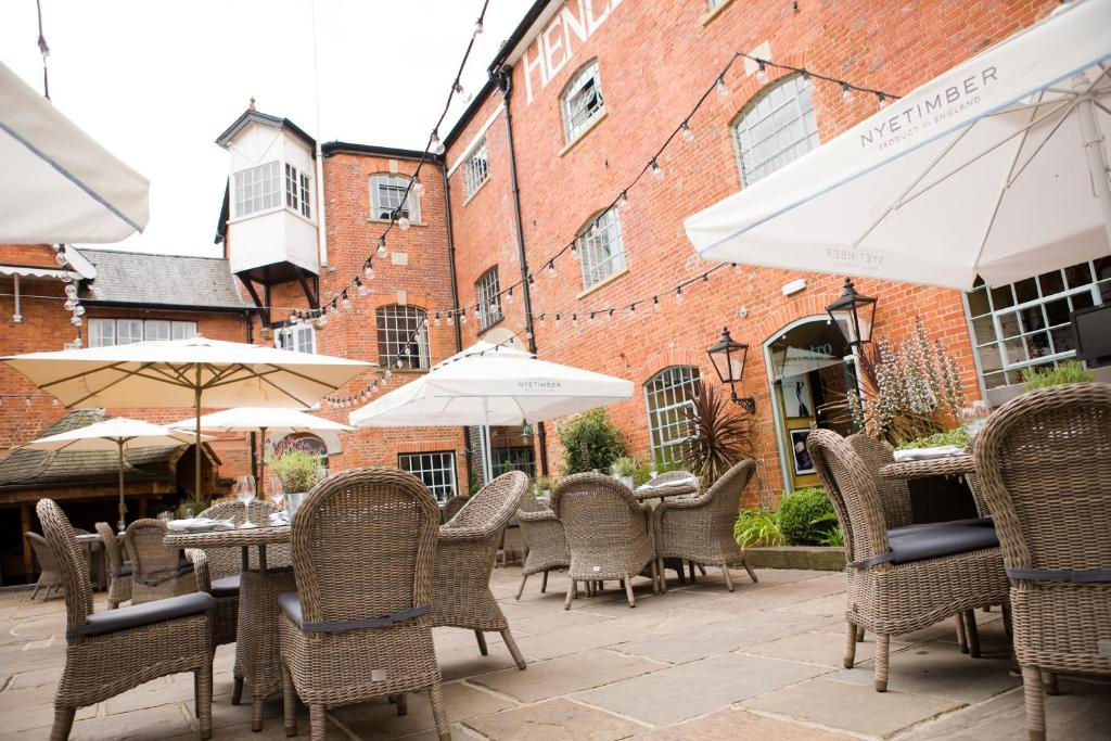 A restaurant or other place to eat at Hotel du Vin Henley