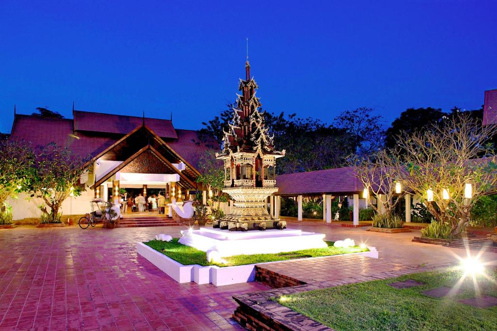 The swimming pool at or close to The Legend Chiang Rai Boutique River Resort & Spa