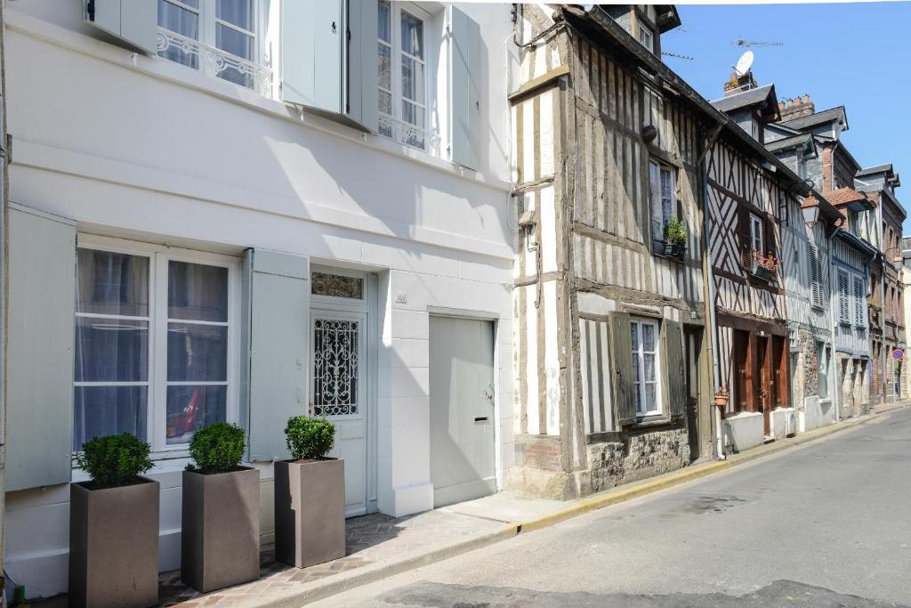 La Maison de Colette, Honfleur – Updated 9 Prices