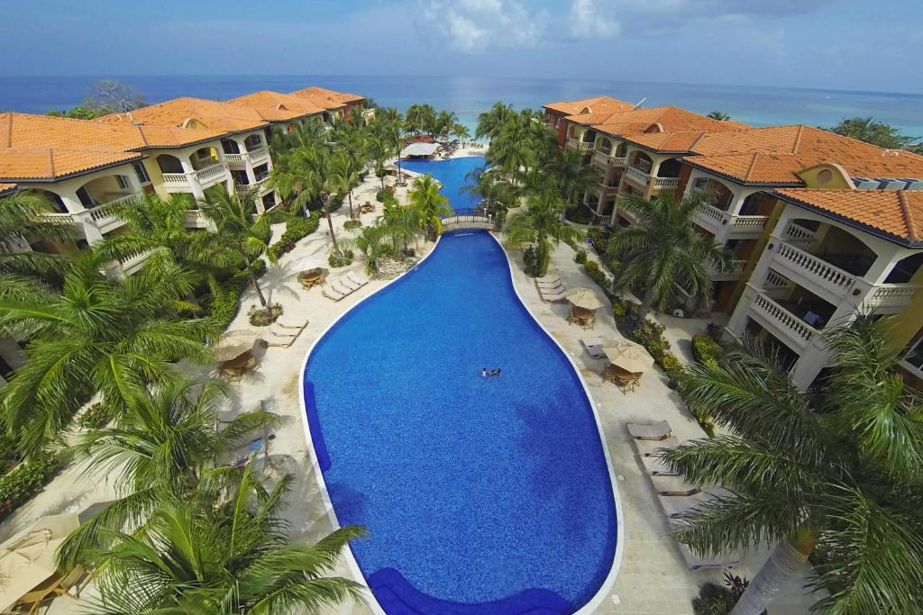 A view of the pool at Infinity Bay, Spa & Beach Resort or nearby