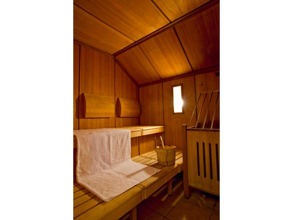 A bunk bed or bunk beds in a room at SORAT Insel-Hotel Regensburg