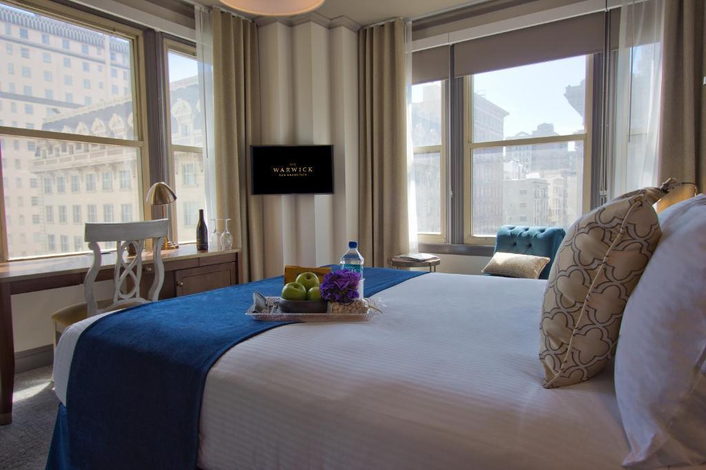 A room at the Warwick San Francisco.