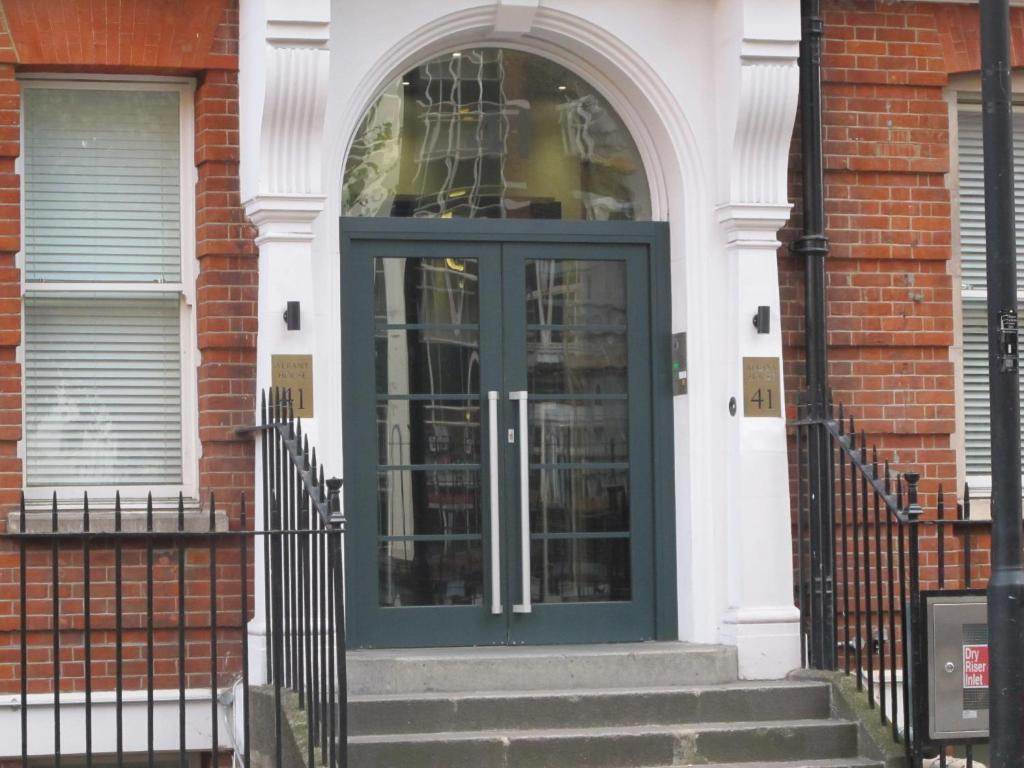 The facade or entrance of BLOOMSBURY APARTMENTS
