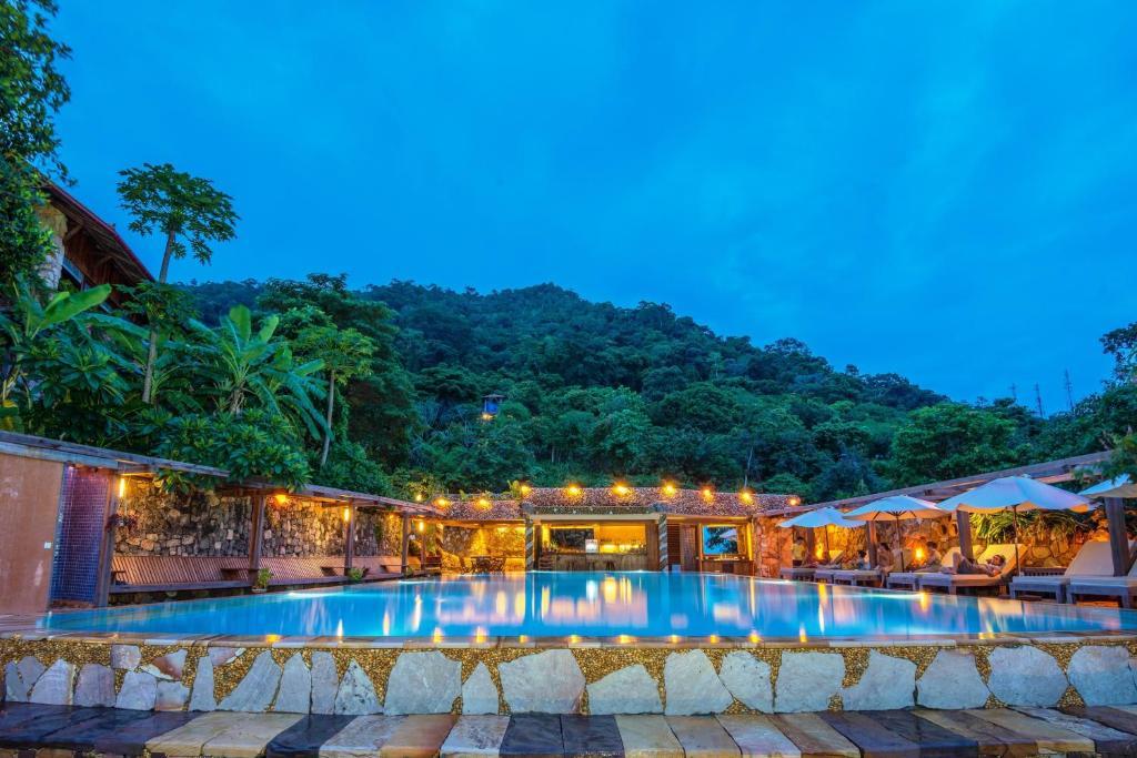 The swimming pool at or near Veranda Natural Resort