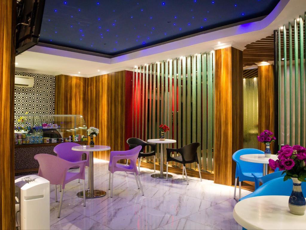 Restoran atau tempat makan lain di Madu Inn