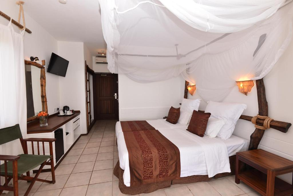 Bahari Beach Hotel Mombasa Updated 2021 Prices