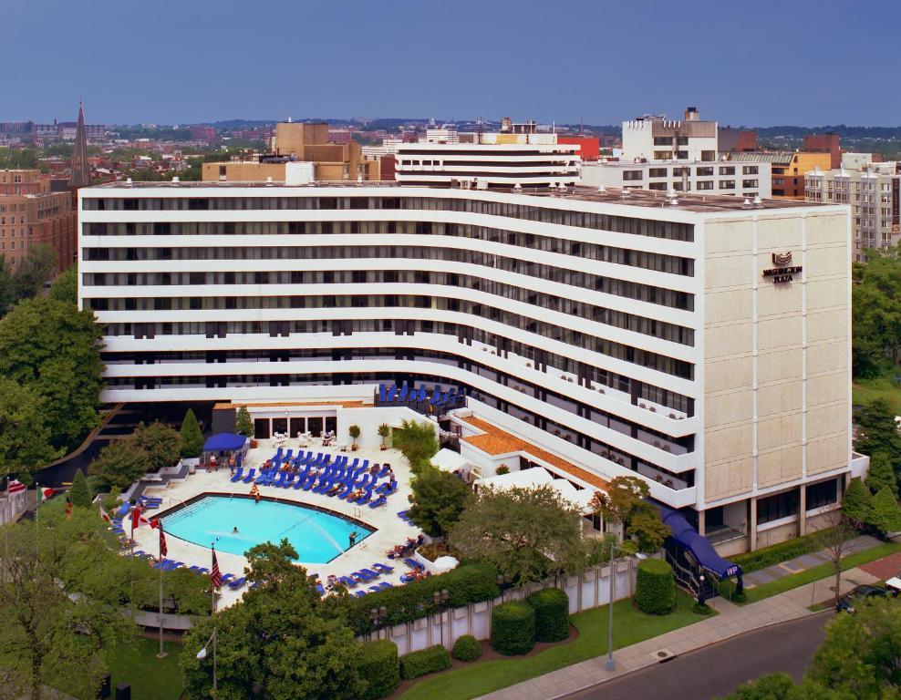 A bird's-eye view of Washington Plaza Hotel