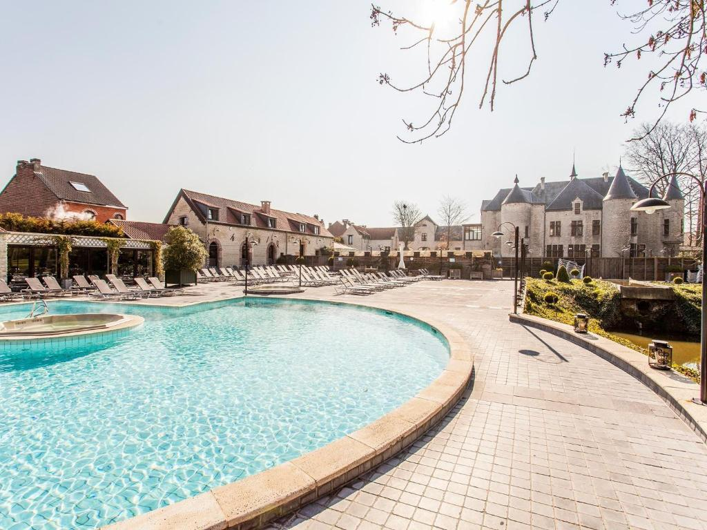 The swimming pool at or near Thermae Boetfort Hotel