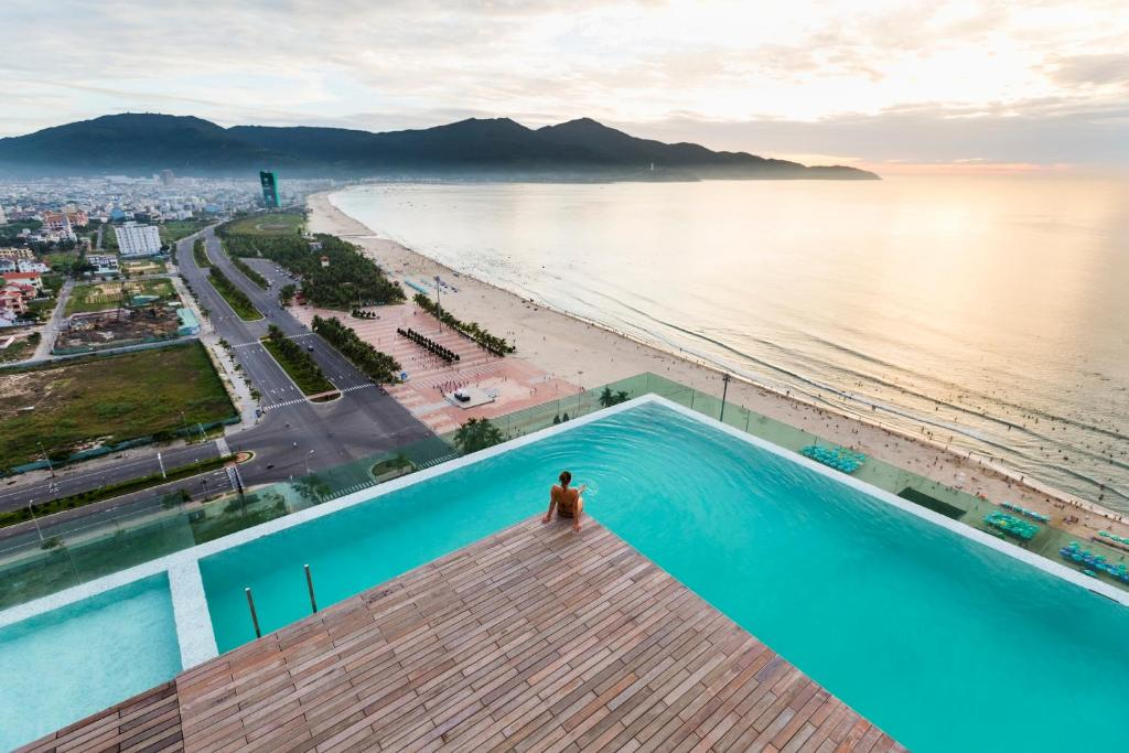 A view of the pool at A La Carte Da Nang Beach or nearby