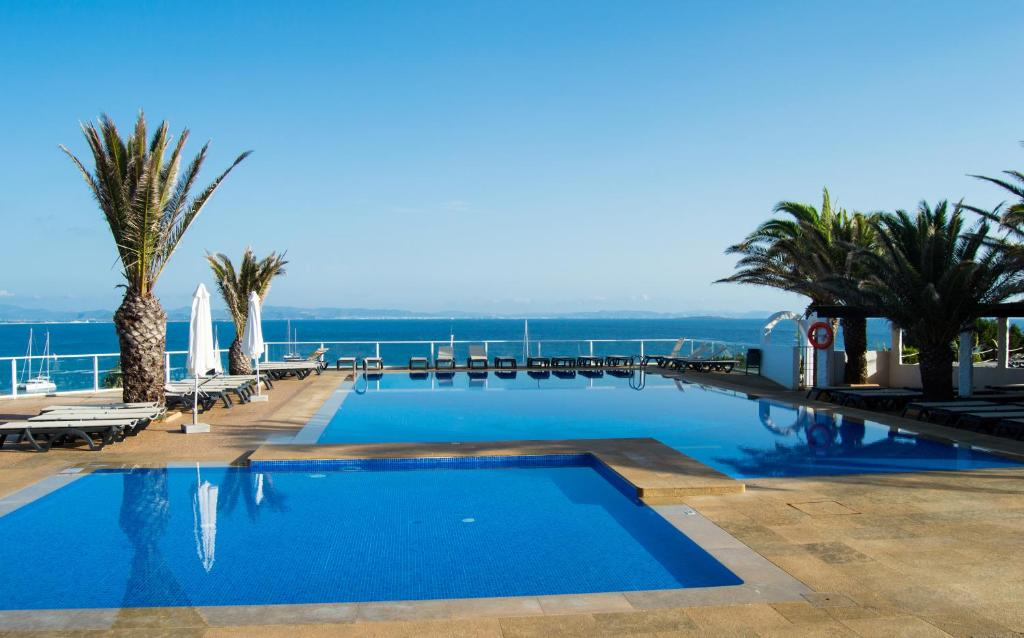 Piscina di Hotel Club Sunway Punta Prima o nelle vicinanze